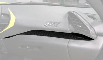 Mansory Panel w desce rozdzielczej 488 GTB i Spider