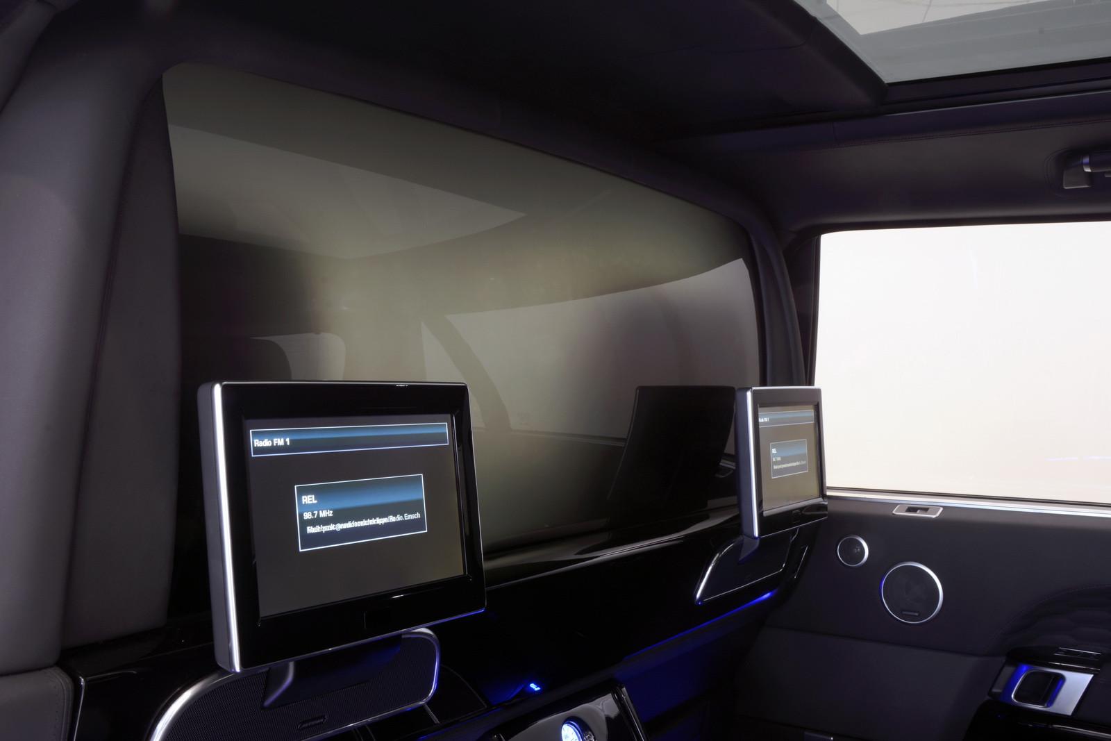 Startech Ściana działowa Range Rover 2013