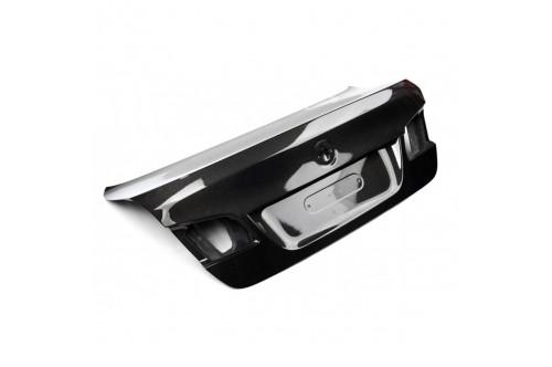 CHALLENGE Pokrywa bagażnika 5 F10