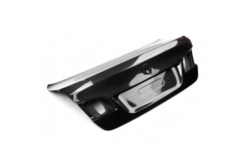 CHALLENGE Pokrywa bagażnika M5 F10