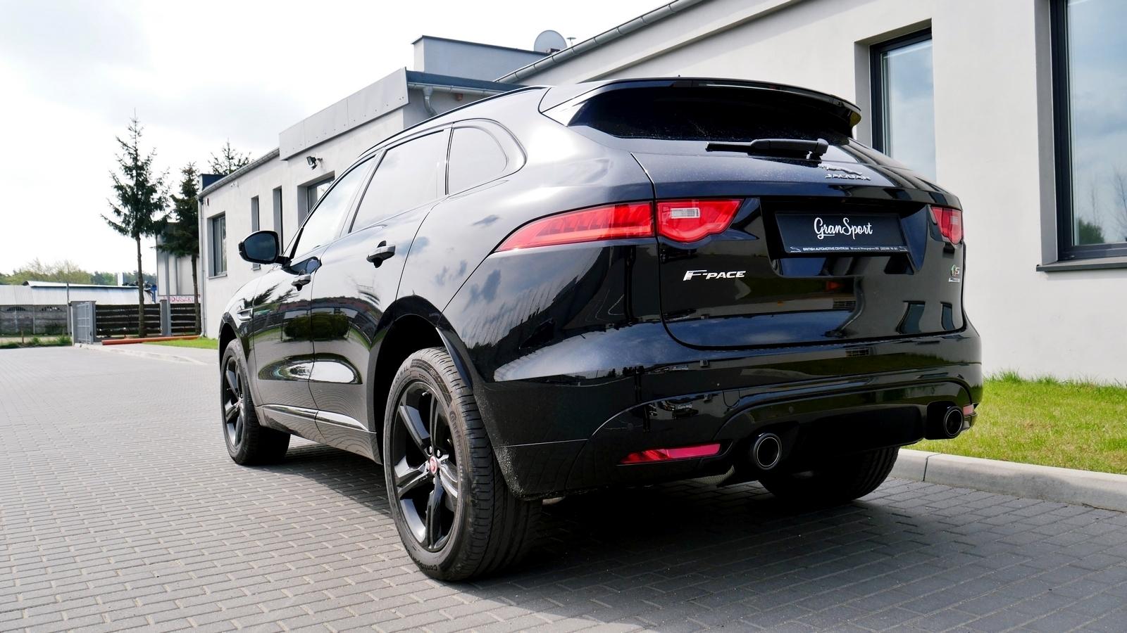 Jaguar F-Pace Quicksilver