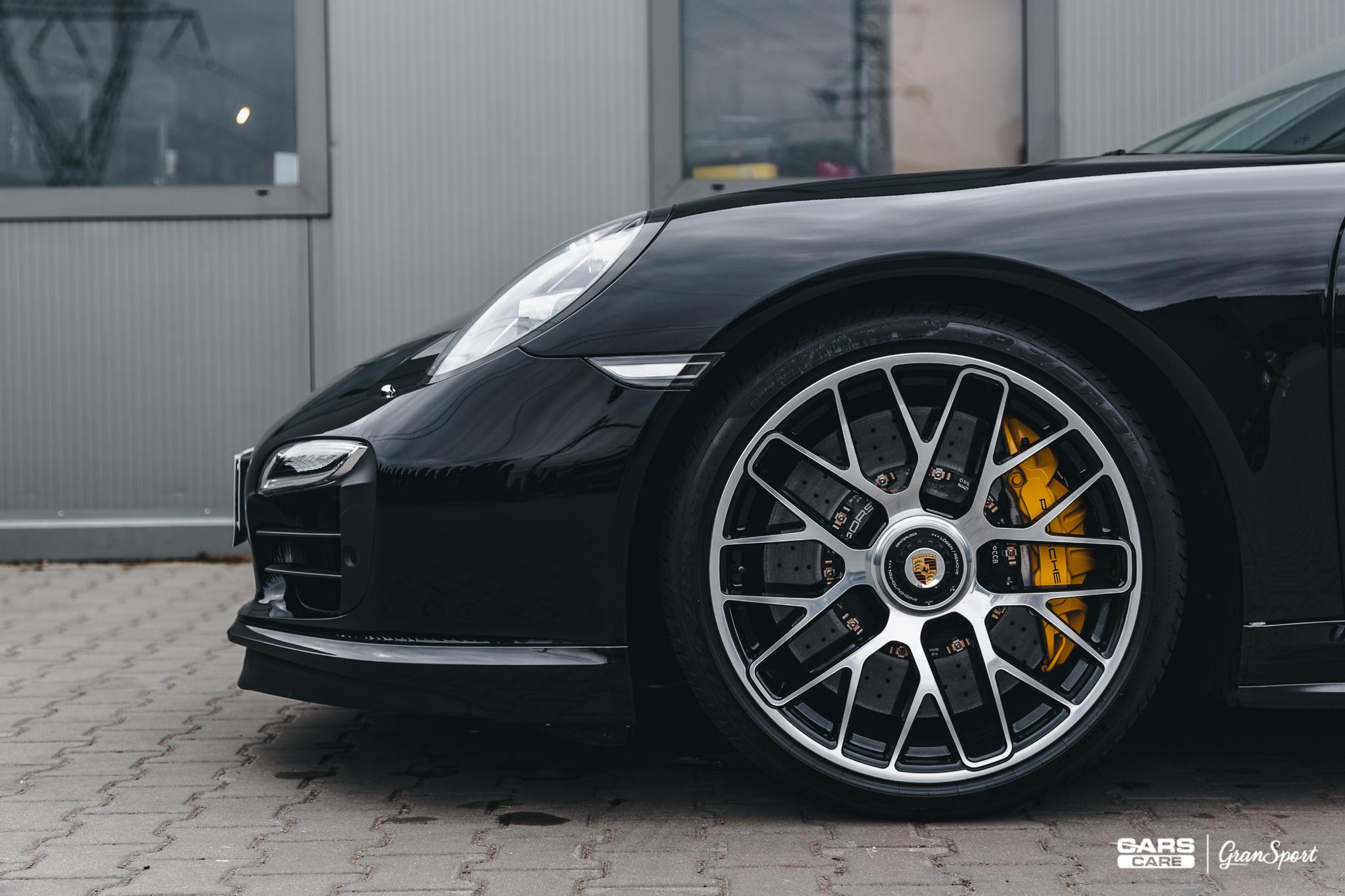 Porsche 911 Turbo S Capristo